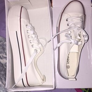 All White Canvas Sneakers. Size 39/8. Never worn